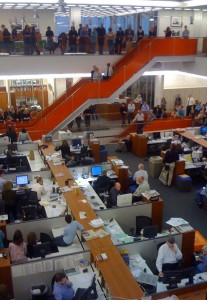 A speech in The New York Times newsroom after the announcement of the 2009 Pulitzer Prize winners. Author: Nycmstar. April 20, 2009.