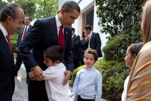 President Barack Obama bids farewell to the family of Mexican President Felipe Calderon following their meeting in Mexico City, Thursday, April 16, 2009. Author: Pete Souza, White House photographer