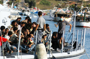 Migrants arriving on the Island of Lampedusa in August 2007 Author:Sara Prestianni / noborder network